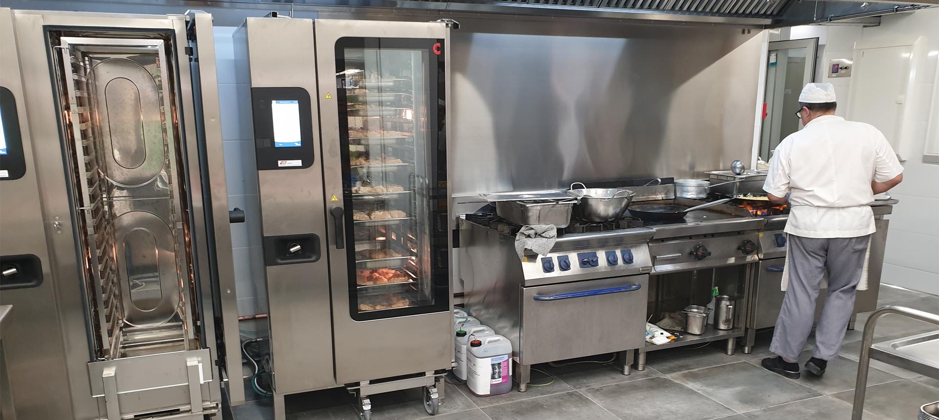 La nova cuina de l'escola Frederic Mistral-Tècnic Eulàlia