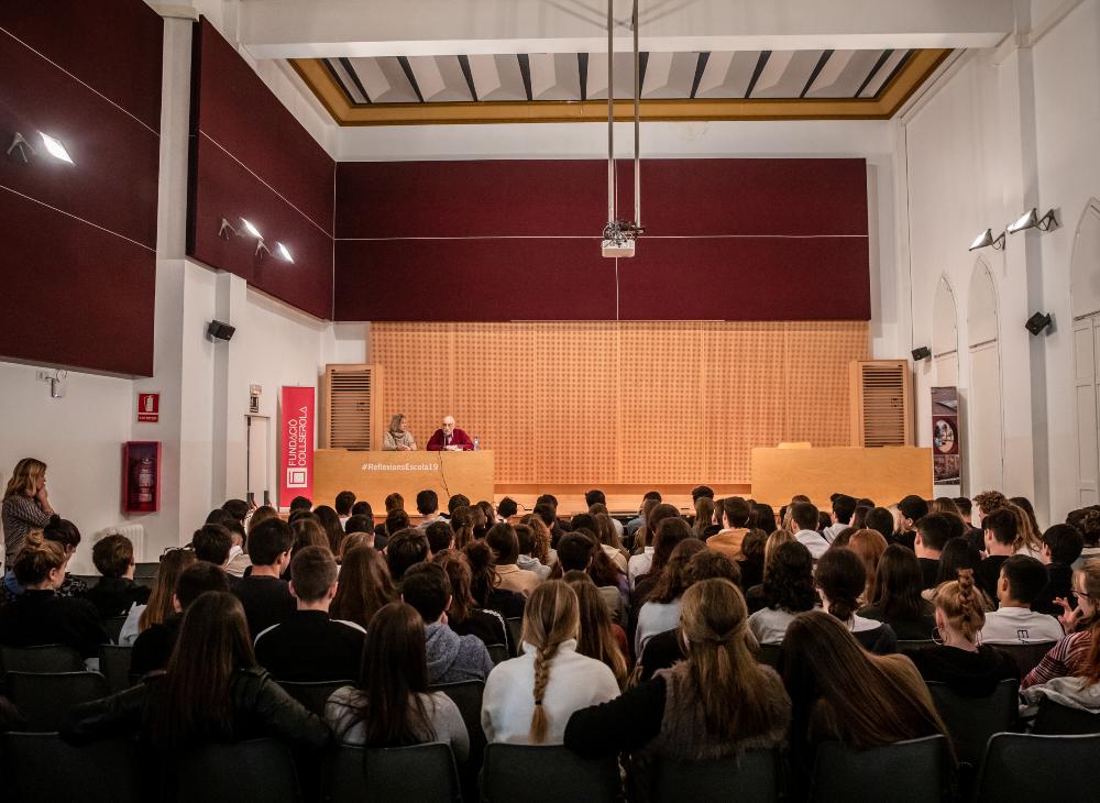 La sala d'actes del centre de Sarrià